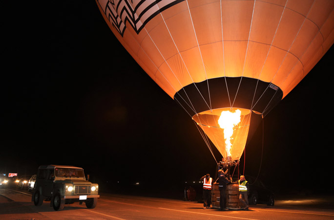the longest hot air balloon glow show spanning over three kilometres
